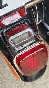 Changement ampoule Hyosung Aquila GV125 !! Mini_160722015021886514387923