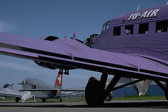 "Junkers Ju-52 ""Milka"" ( Italeri plus  décals Karaya et FFSMC au 1/72 )  16072806182410194414398566"