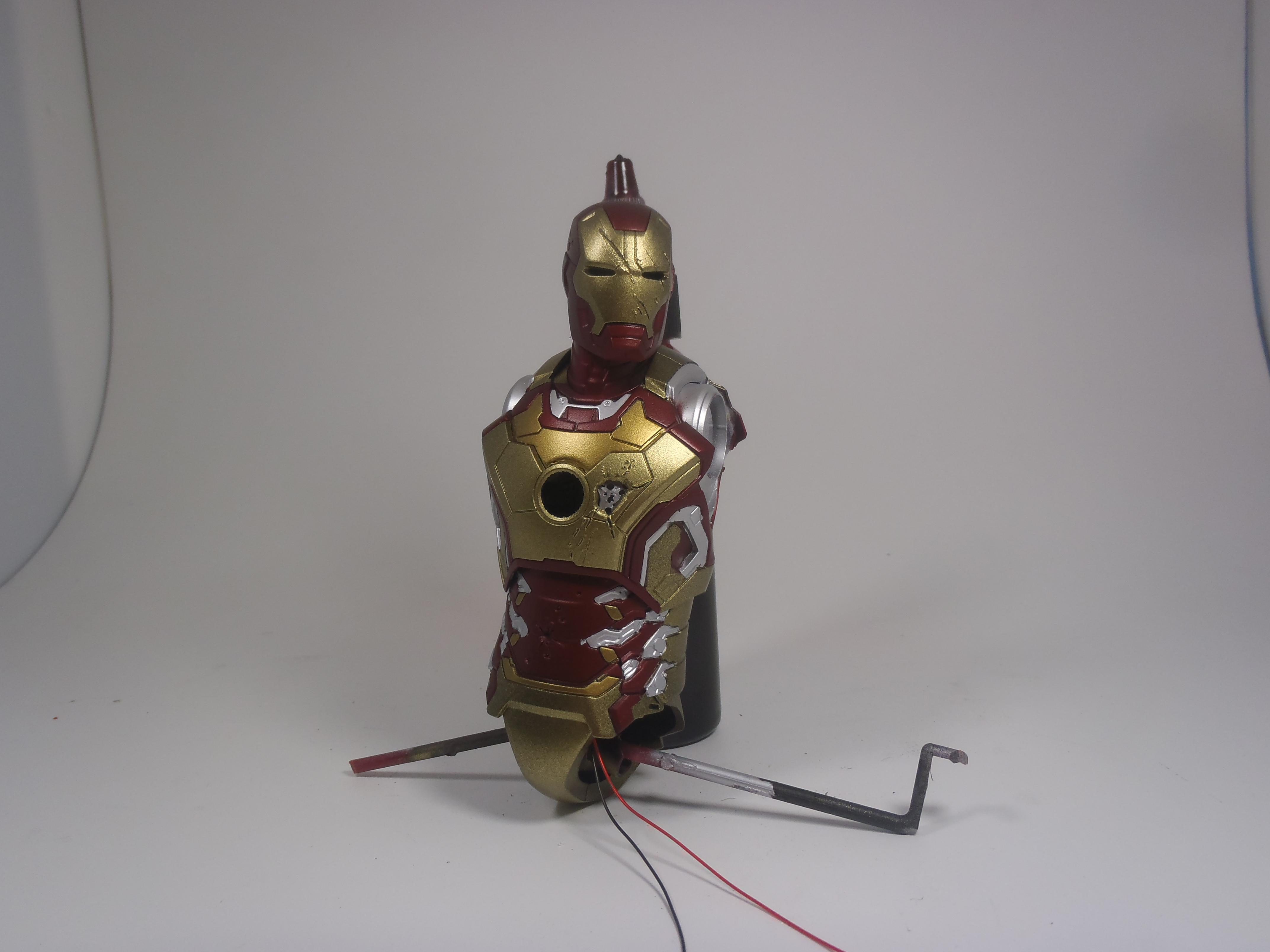 IRON MAN 1/9 (dragon model ) 16080310514715742614409499