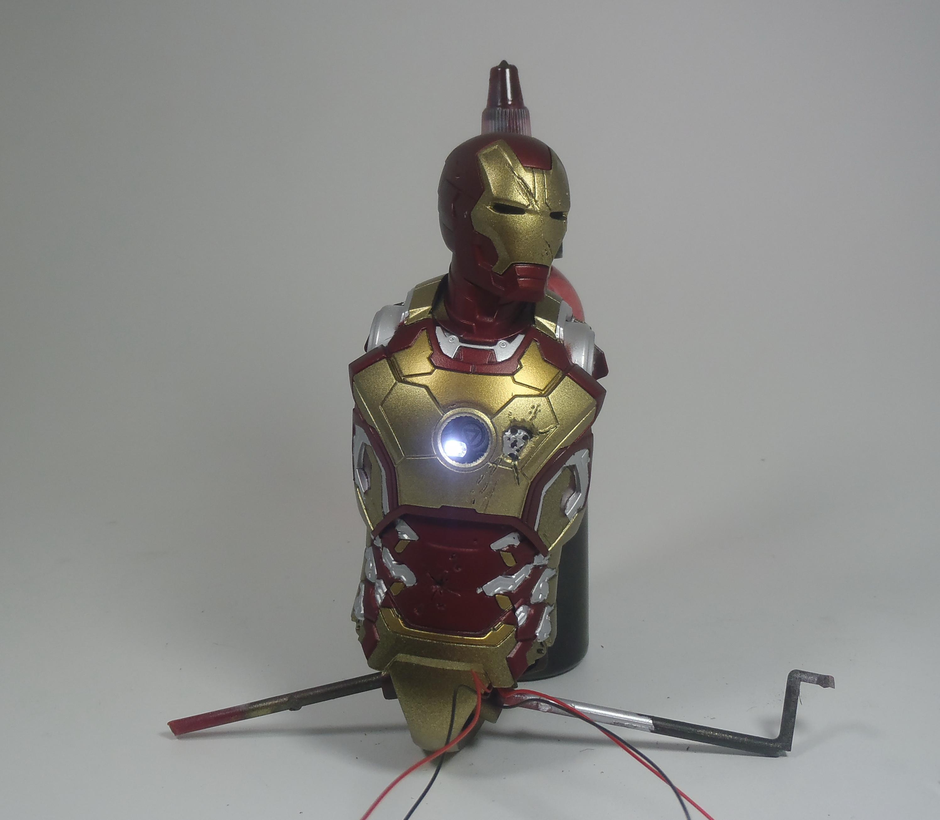 IRON MAN 1/9 (dragon model ) 16080310514915742614409500