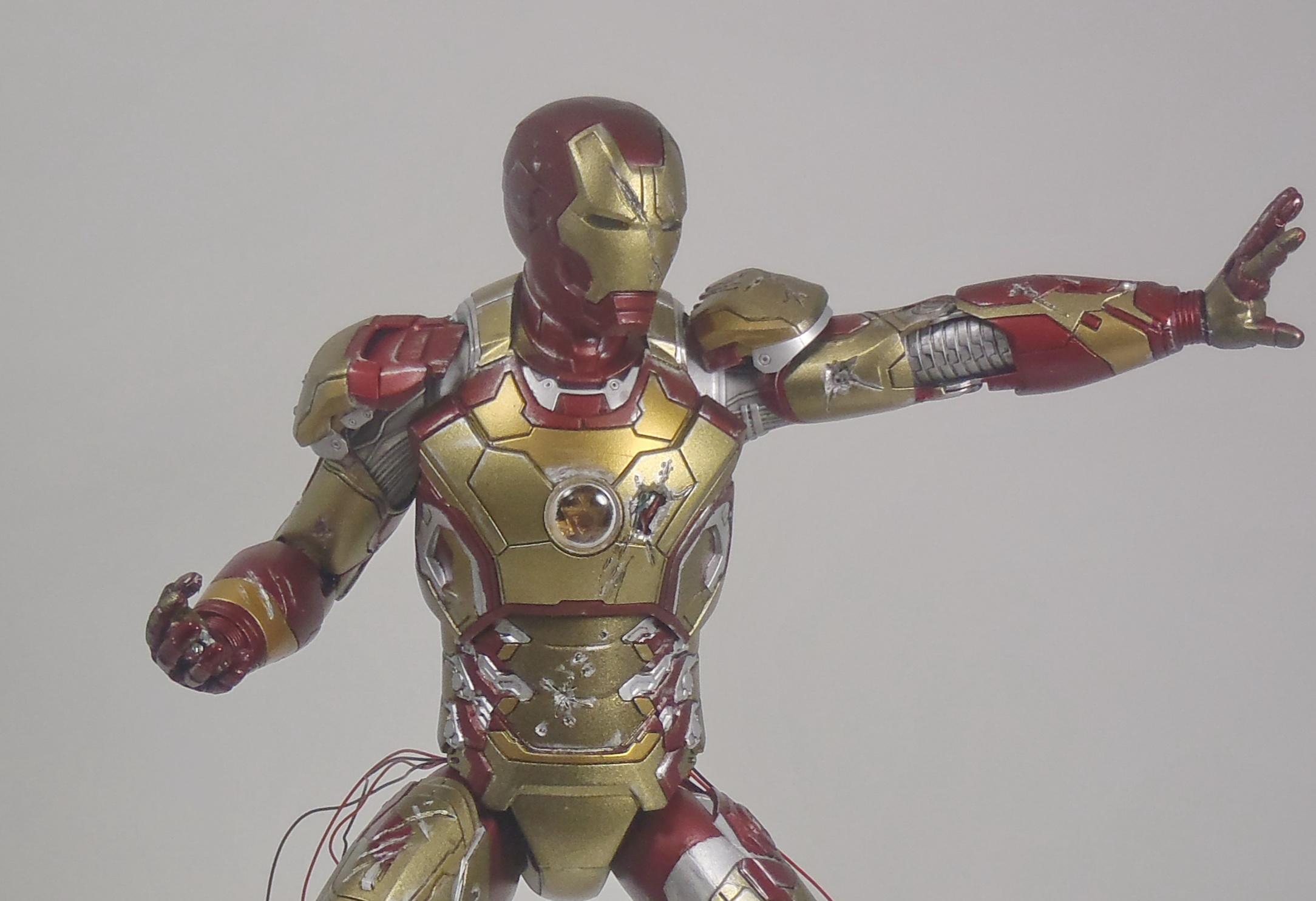 IRON MAN 1/9 (dragon model ) 16082409153615742614449792