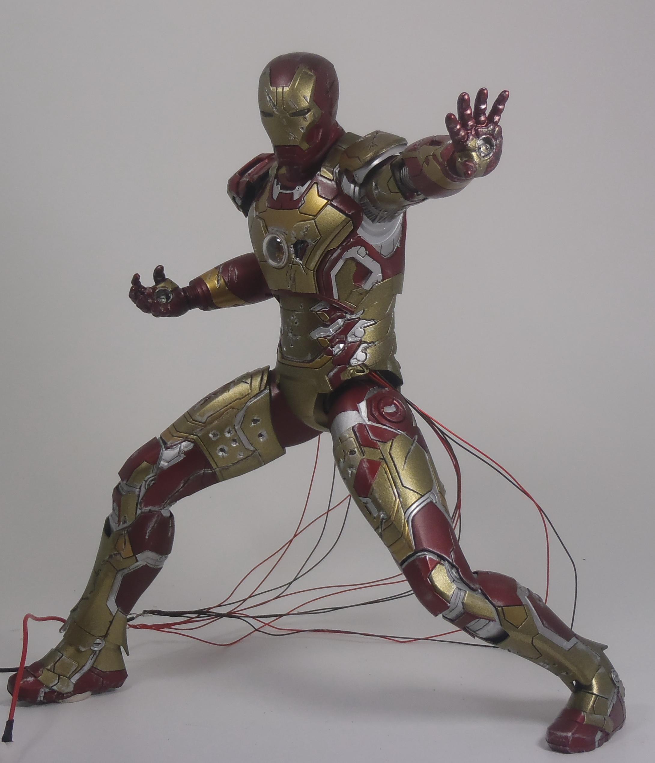 IRON MAN 1/9 (dragon model ) 16082409154115742614449795