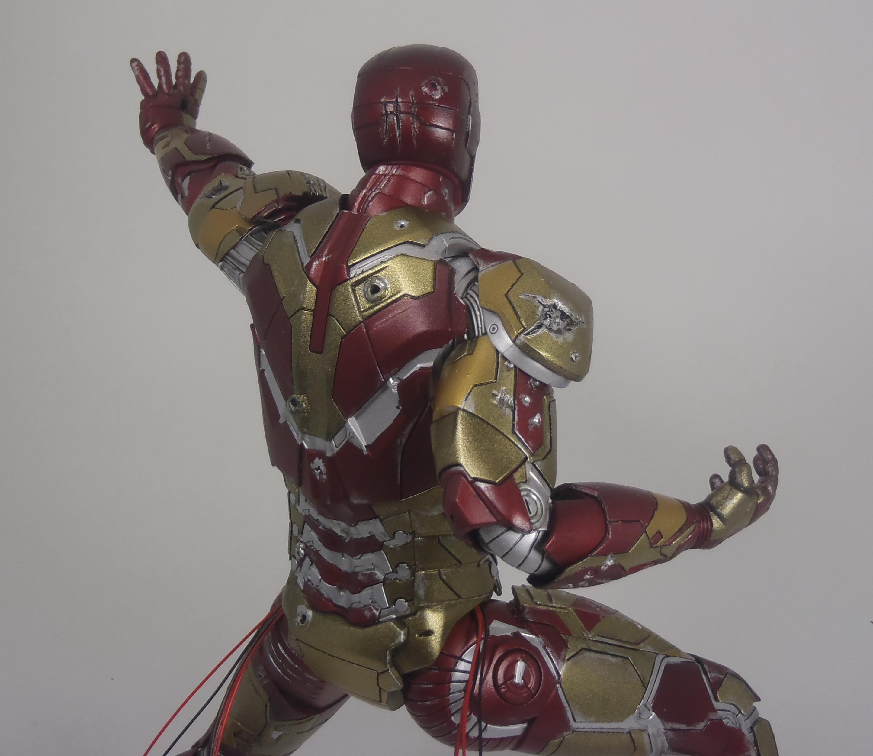 IRON MAN 1/9 (dragon model ) 16082409154615742614449798