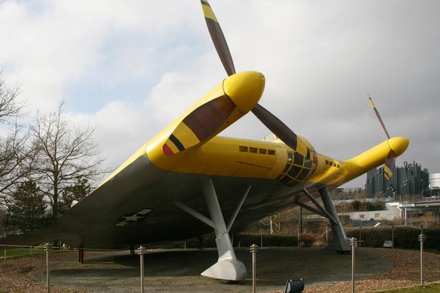 """V-173 """"Flying Pancake"""" (Sword 1/48) 16083110304010194414461732"""