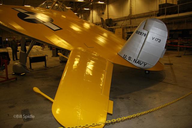 """V-173 """"Flying Pancake"""" (Sword 1/48) 16083111001410194414461803"""