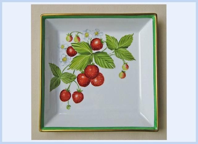 Christiane : Peinture sur porcelaine 1609040528361858214470916