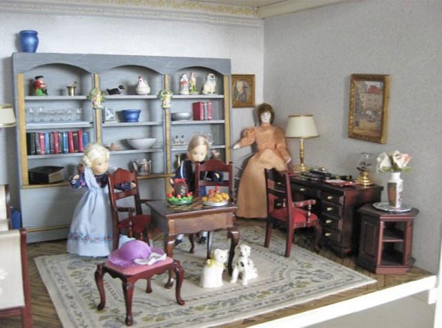 Dolls-402
