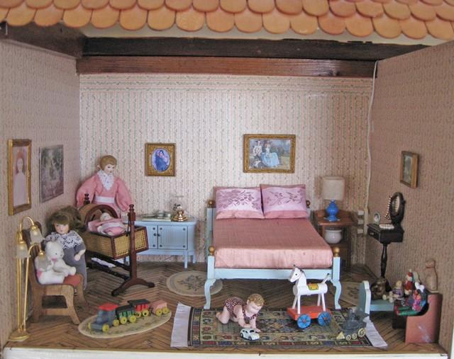 Dolls-601