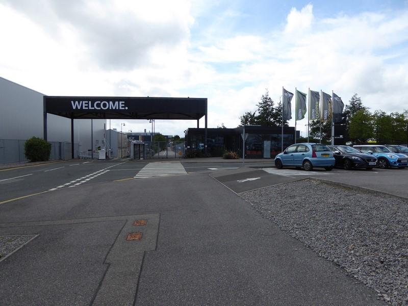 [UK] L'usine d'Oxford, qui pour une visite ? 1609170915481748114498491