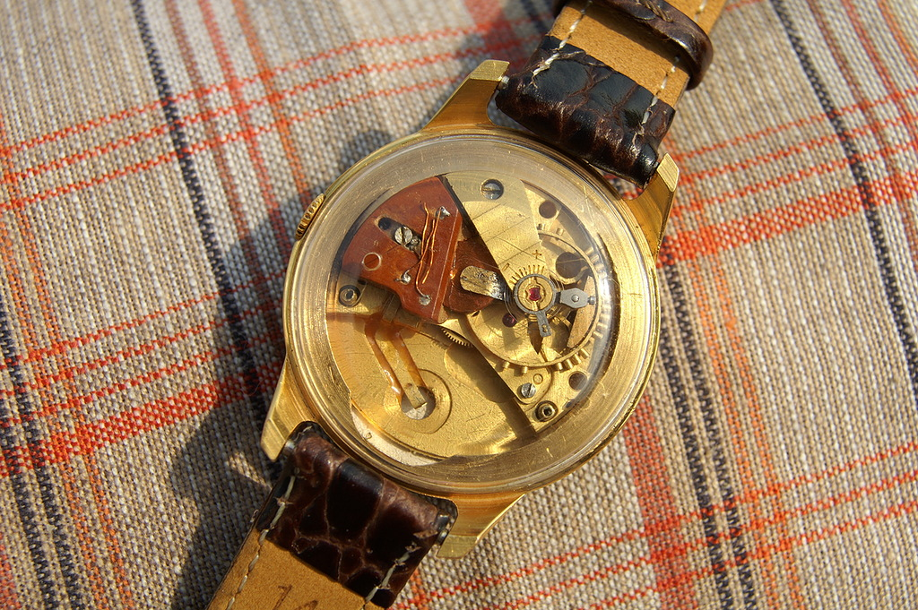 Répertoire des marques des montres soviétiques 16100202342712775414530585