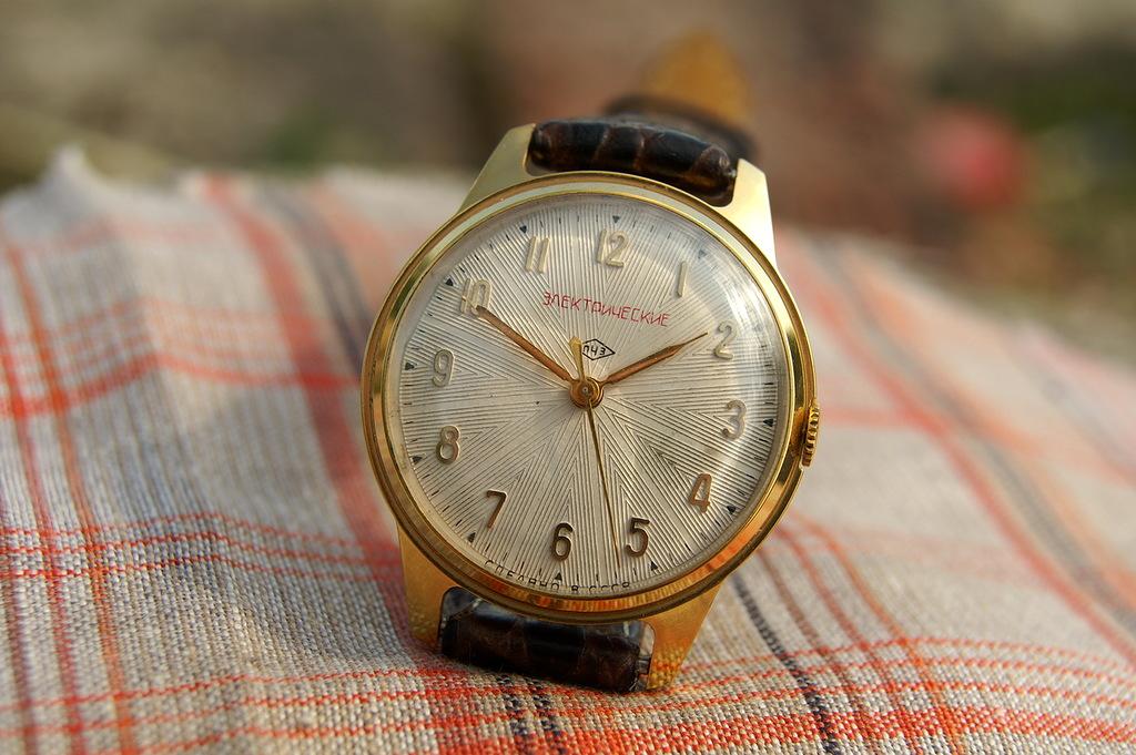 Répertoire des marques des montres soviétiques 16100202343012775414530586