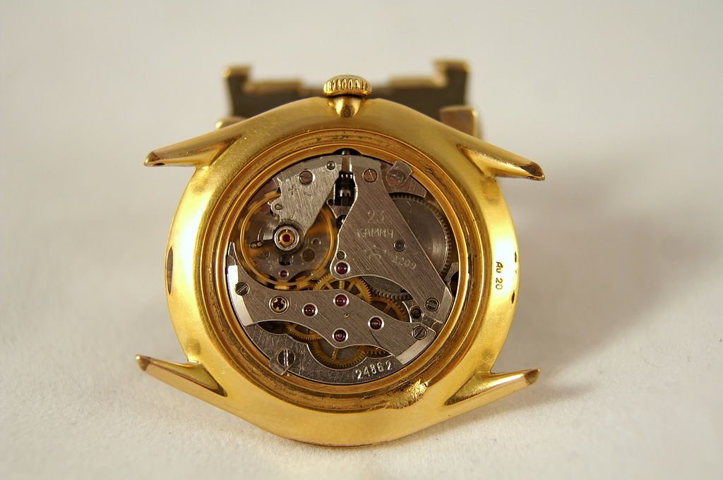 Répertoire des marques des montres soviétiques 16100202584012775414530644