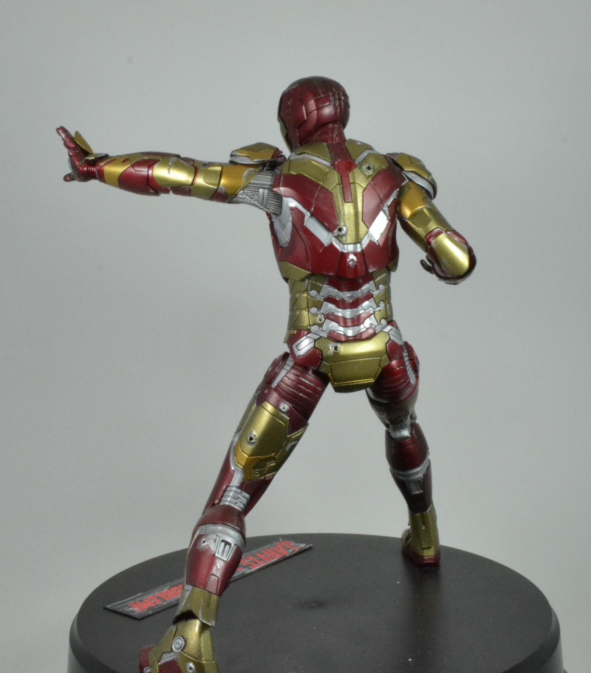 IRON MAN 1/9 (dragon model ) 16100310084315742614533366