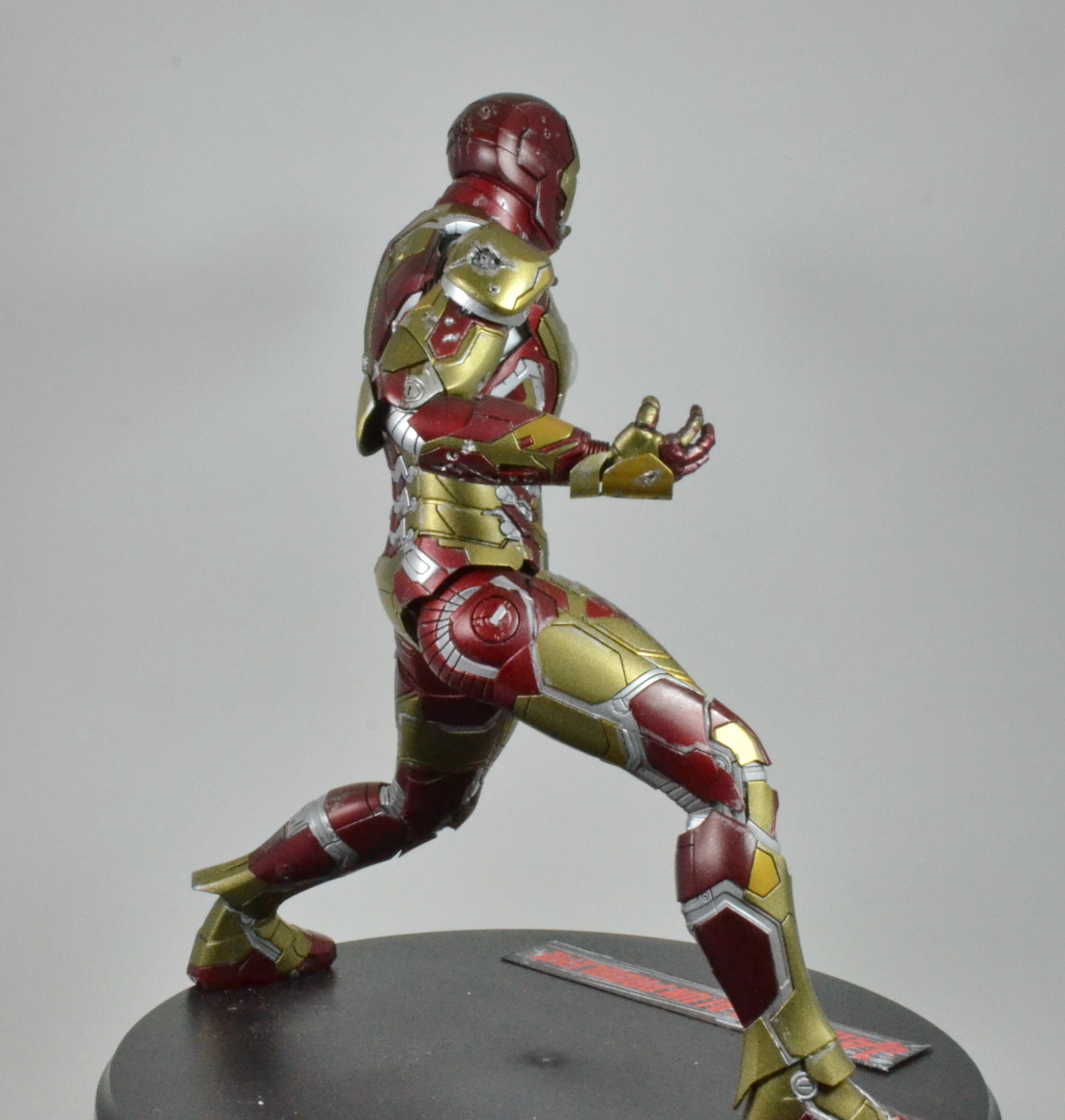 IRON MAN 1/9 (dragon model ) 16100310084415742614533367