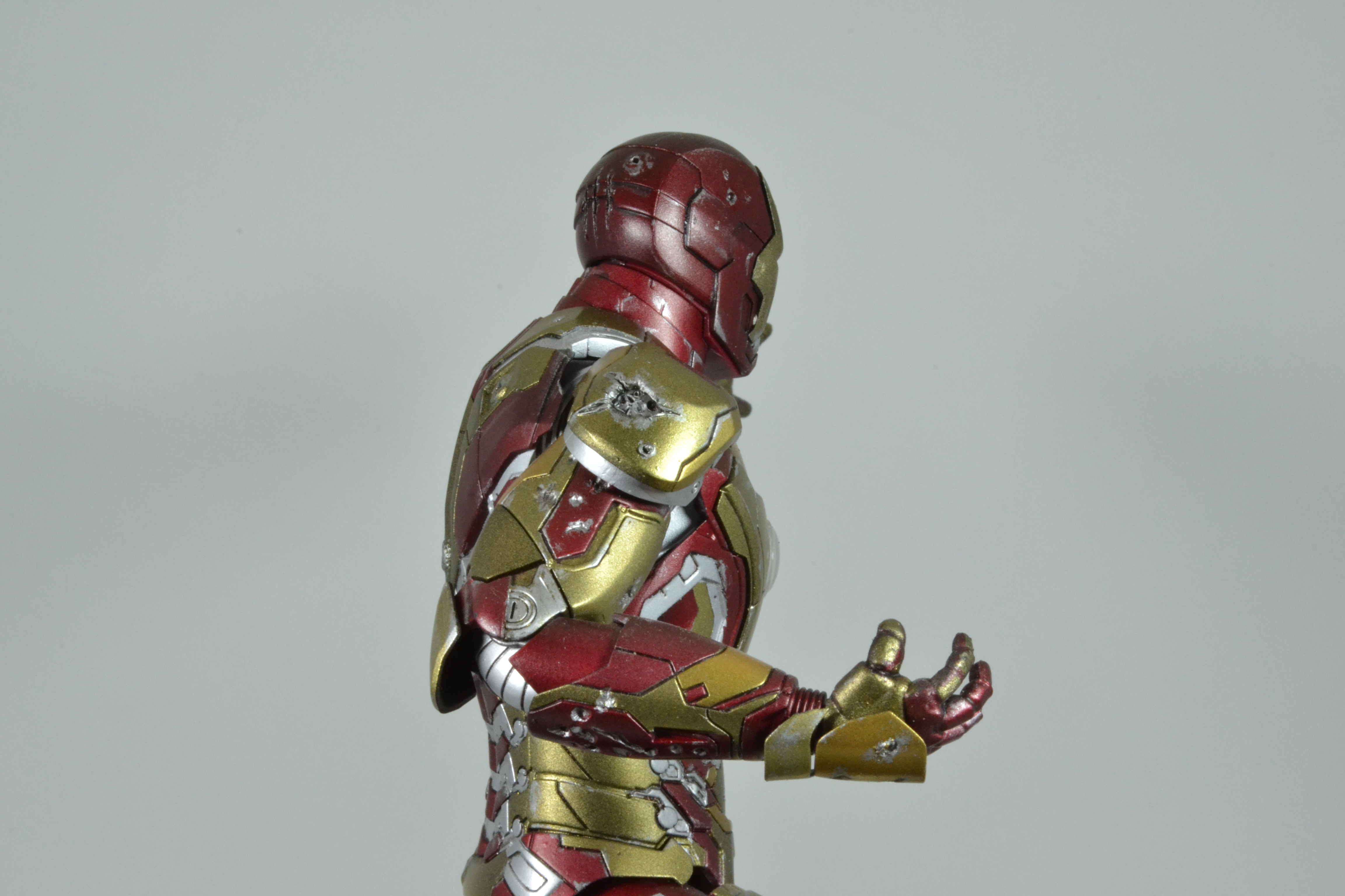 IRON MAN 1/9 (dragon model ) 16100310084715742614533368