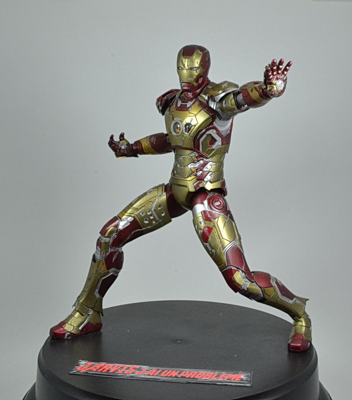 IRON MAN 1/9 (dragon model ) 16100310085915742614533372