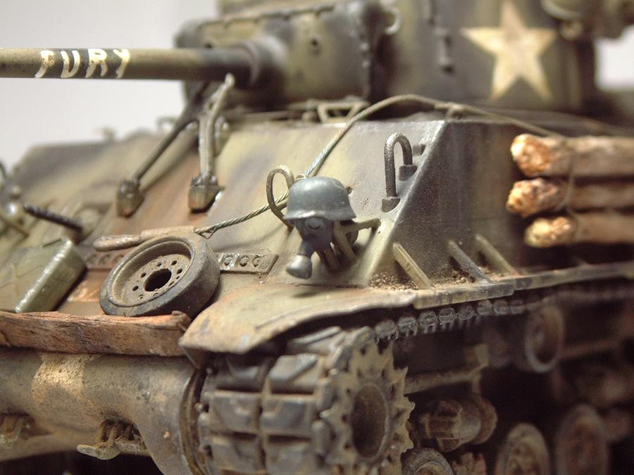 """M4A3E8 Sherman """"Fury"""" - 1/35e - [Italeri] 1610300326034769014594042"""