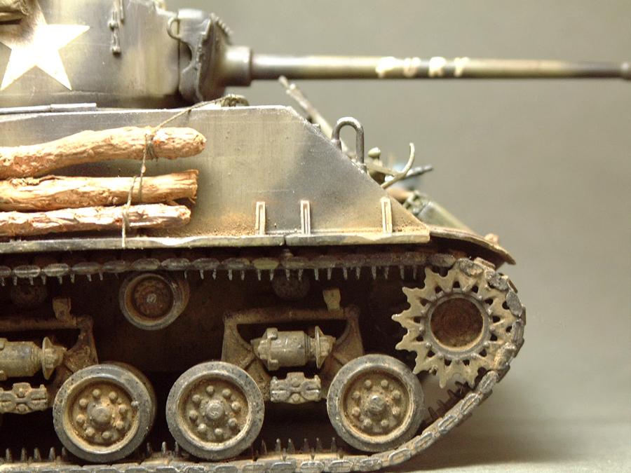 """M4A3E8 Sherman """"Fury"""" - 1/35e - [Italeri] 1610300326094769014594043"""