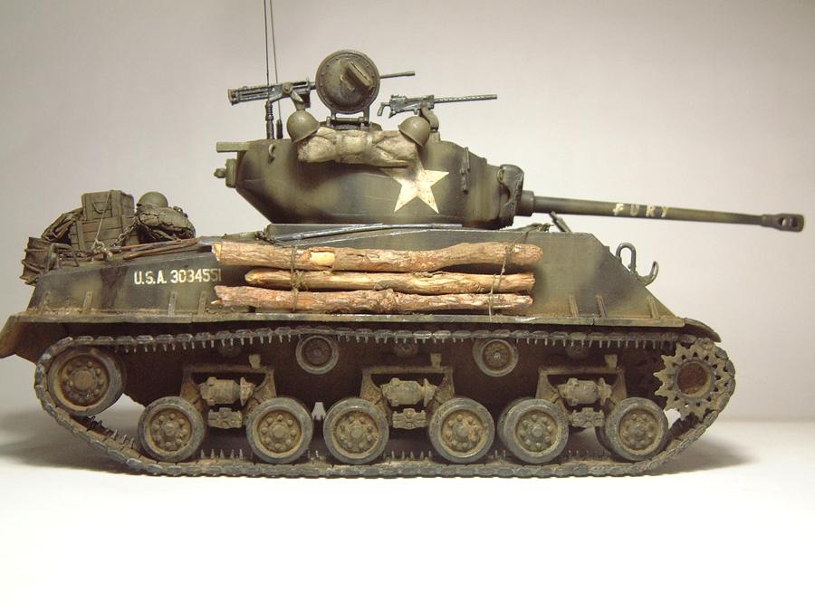 """M4A3E8 Sherman """"Fury"""" - 1/35e - [Italeri] 1610300326154769014594044"""