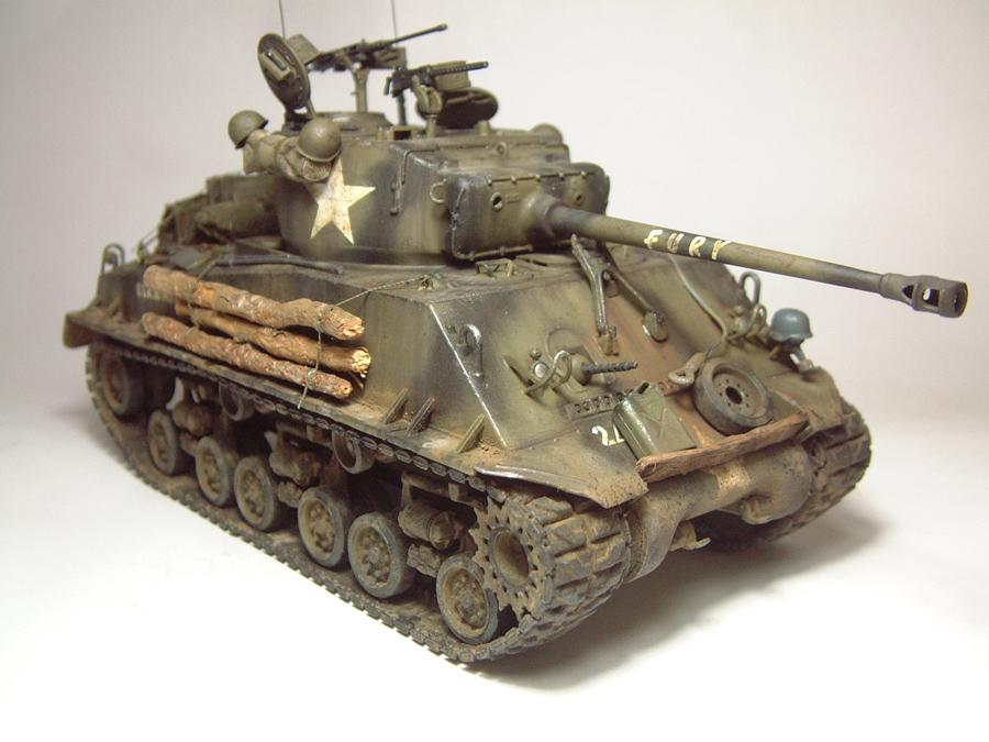 """M4A3E8 Sherman """"Fury"""" - 1/35e - [Italeri] 1610300326214769014594045"""