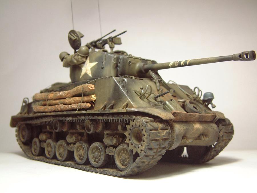 """M4A3E8 Sherman """"Fury"""" - 1/35e - [Italeri] 1610300326274769014594046"""