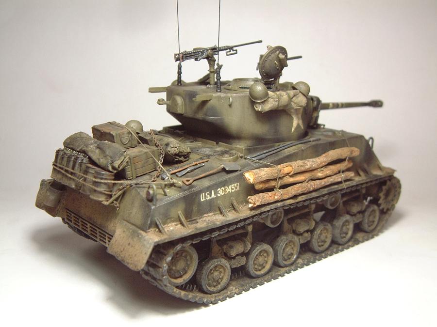 """M4A3E8 Sherman """"Fury"""" - 1/35e - [Italeri] 1610300326334769014594047"""