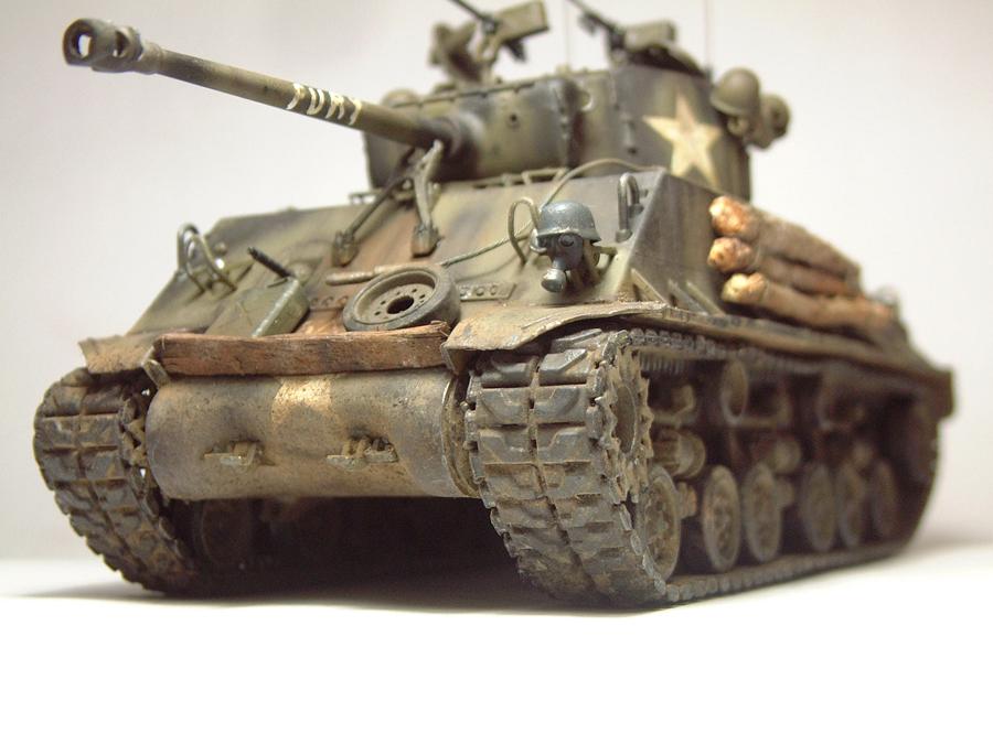 """M4A3E8 Sherman """"Fury"""" - 1/35e - [Italeri] 1610300326594769014594053"""