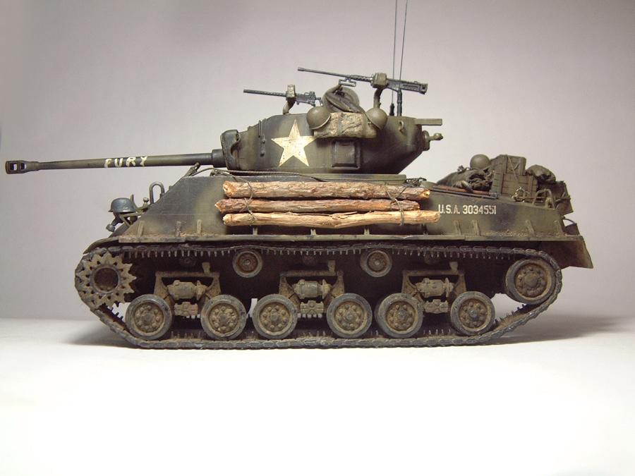 """M4A3E8 Sherman """"Fury"""" - 1/35e - [Italeri] 1610300327054769014594055"""