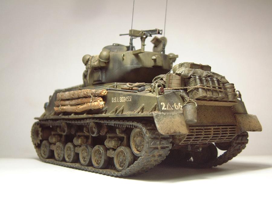 """M4A3E8 Sherman """"Fury"""" - 1/35e - [Italeri] 1610300327184769014594057"""