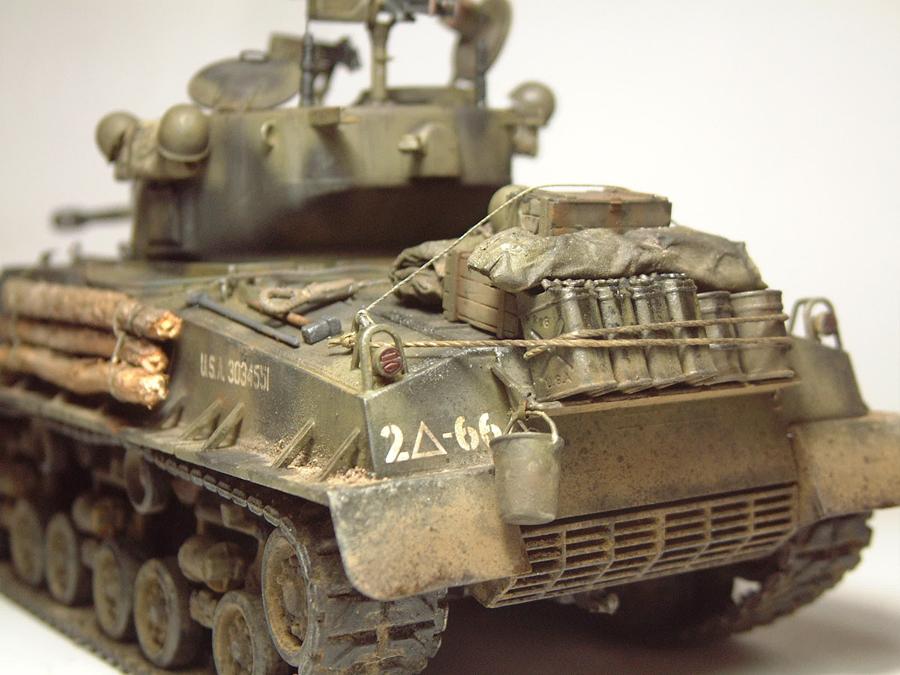 """M4A3E8 Sherman """"Fury"""" - 1/35e - [Italeri] 1610300327254769014594058"""