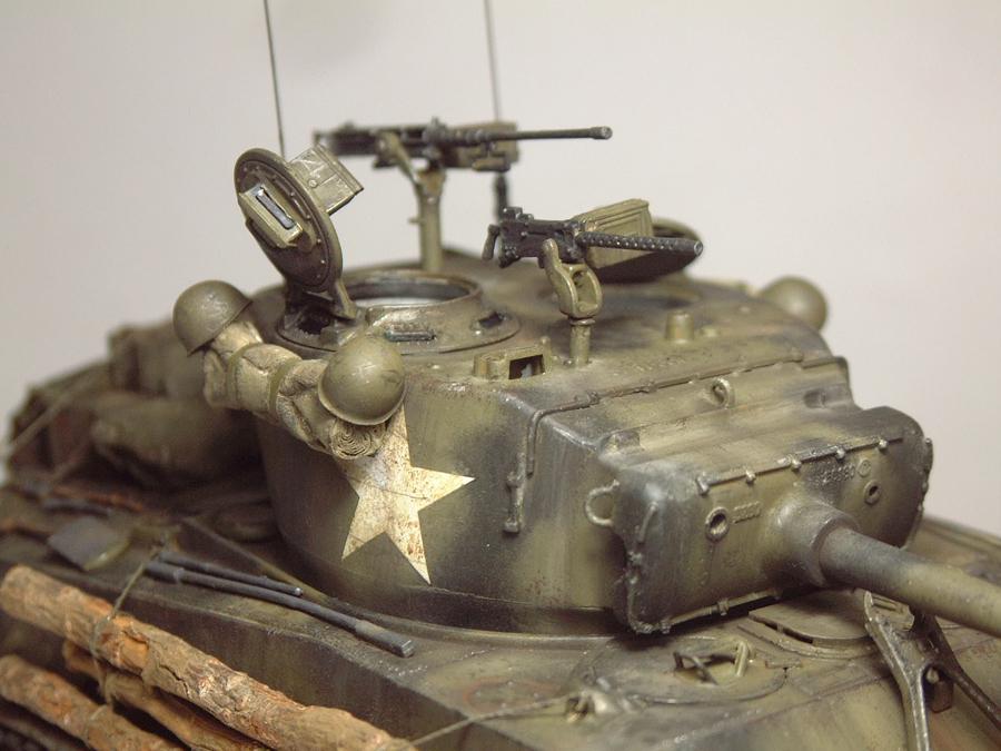 """M4A3E8 Sherman """"Fury"""" - 1/35e - [Italeri] 1610300327324769014594059"""