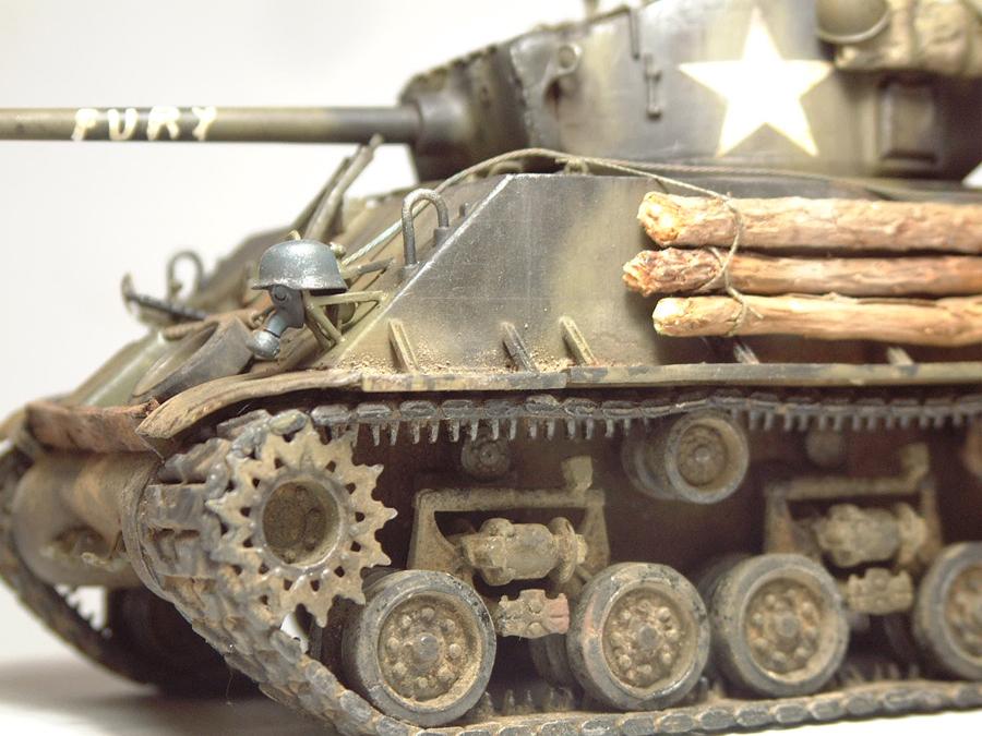"""M4A3E8 Sherman """"Fury"""" - 1/35e - [Italeri] 1610300327504769014594062"""