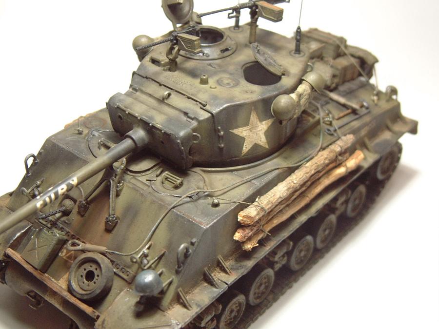 """M4A3E8 Sherman """"Fury"""" - 1/35e - [Italeri] 1610300328194769014594066"""