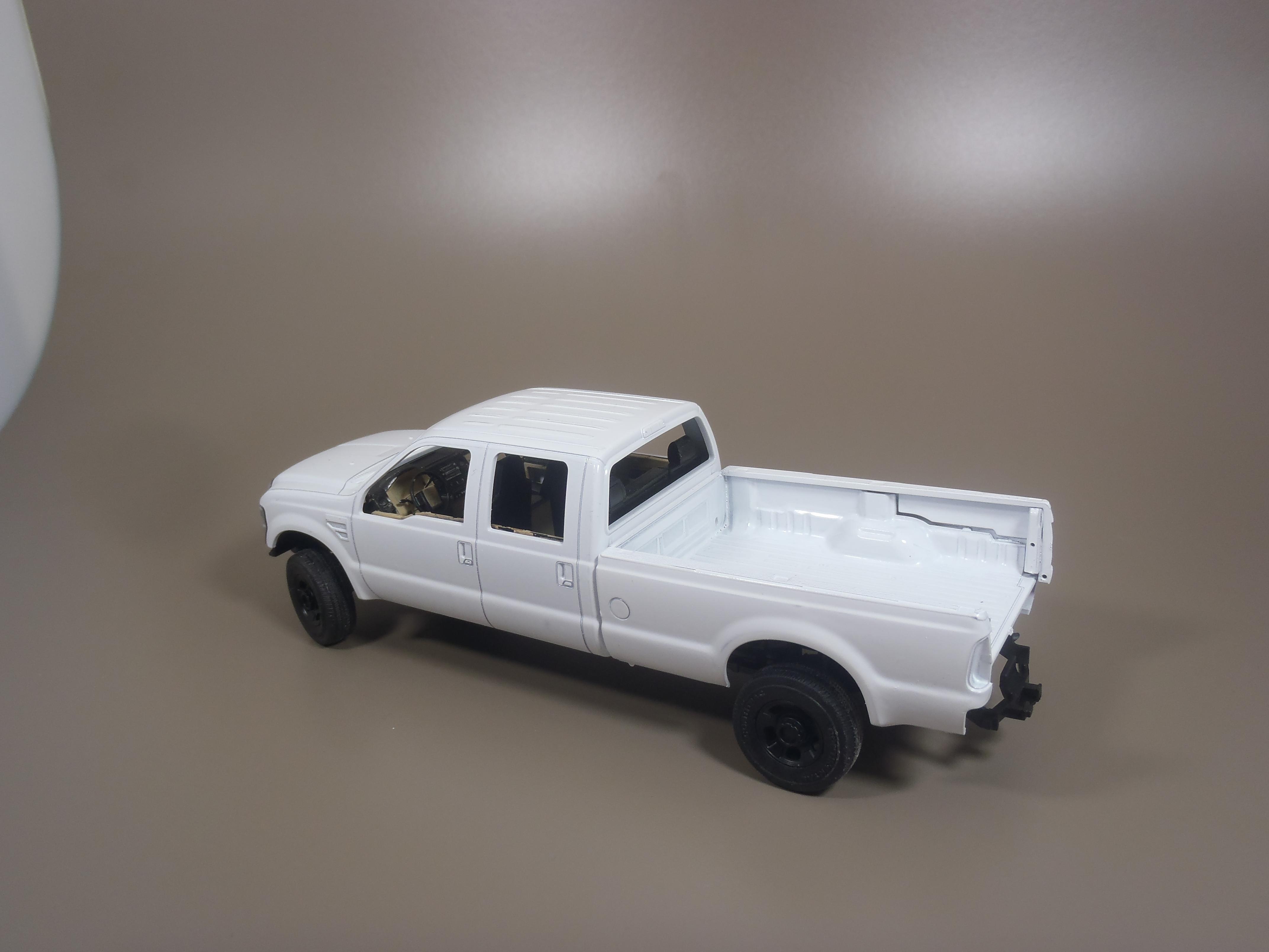 Pickup F 350 (Meng) au 1/35 - Page 2 16111509534315742614639659