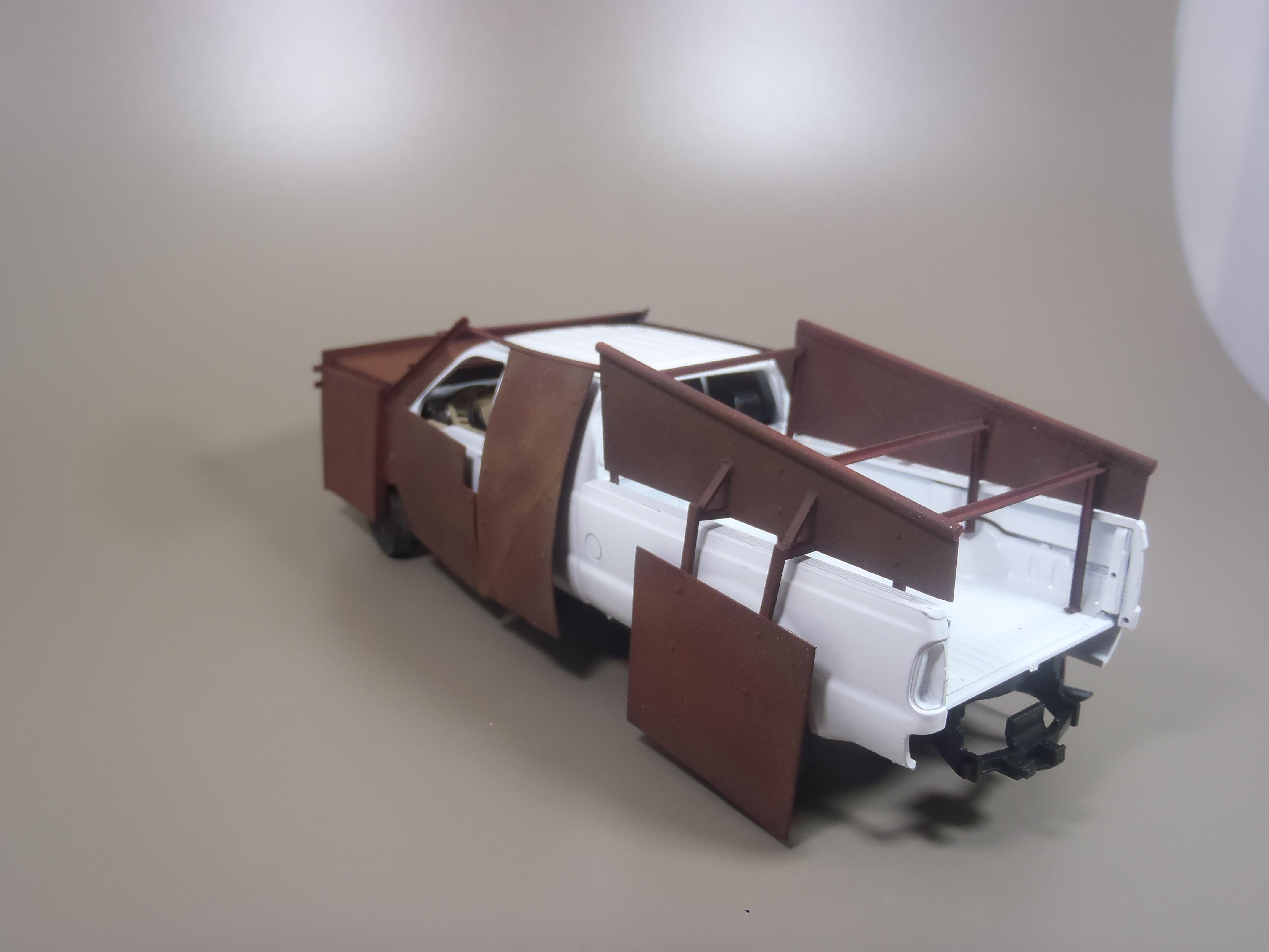 Pickup F 350 (Meng) au 1/35 - Page 2 16111509541015742614639666