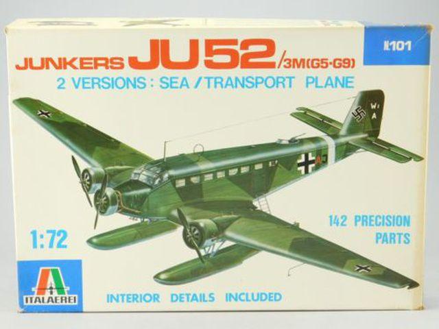"Junkers Ju-52 ""Milka"" ( Italeri plus  décals Karaya et FFSMC au 1/72 )  17010102050710194414741703"