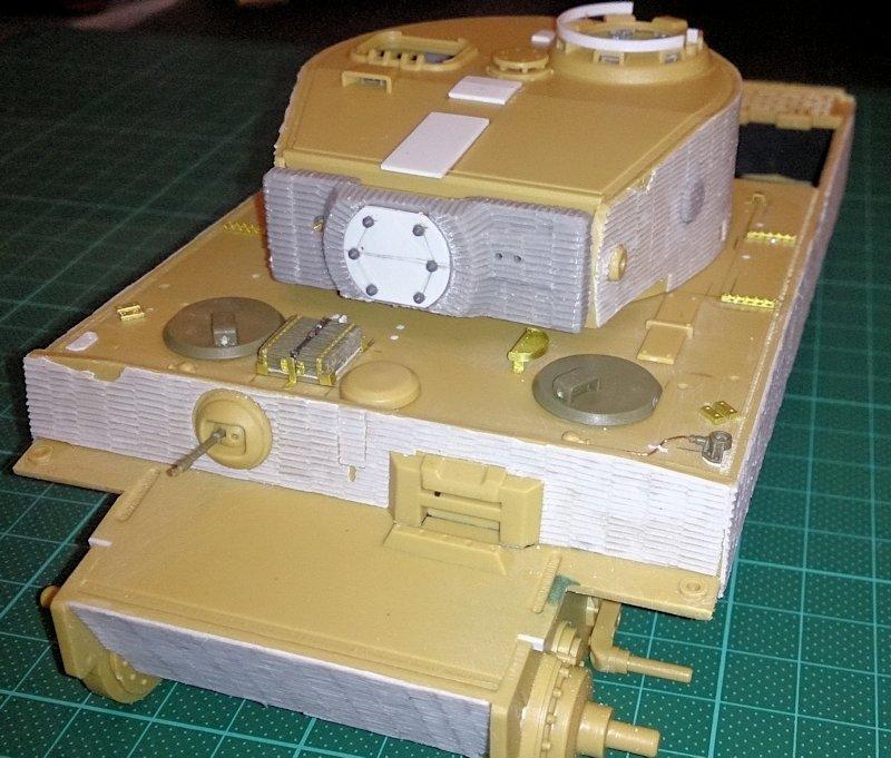 Tigre Tracteur (Conversion perso sur base ACADEMY) 1/35 17011210315514106614769110