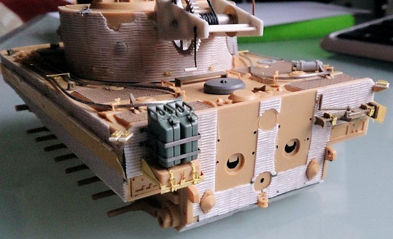 Tigre Tracteur (Conversion perso sur base ACADEMY) 1/35 17011210322214106614769120