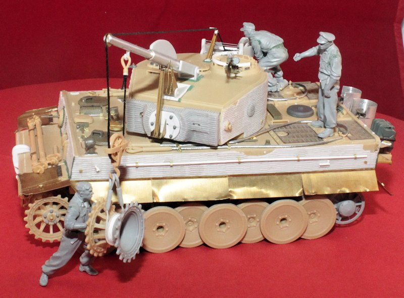 Tigre Tracteur (Conversion perso sur base ACADEMY) 1/35 17011210325314106614769130