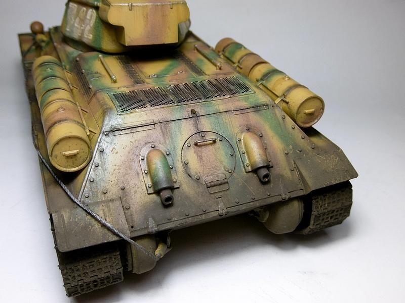 [ ACADEMY 1/35 ] T-34/76 CAPTURE PAR LES ALLEMANDS 17011307480421038614770874