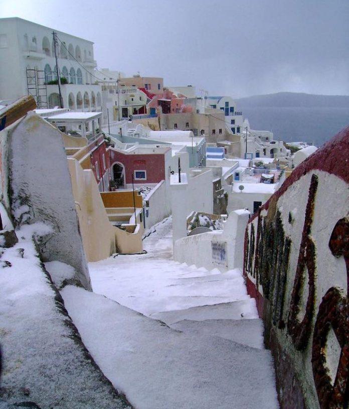 La Grèce au congélateur  17011308470518848214771004