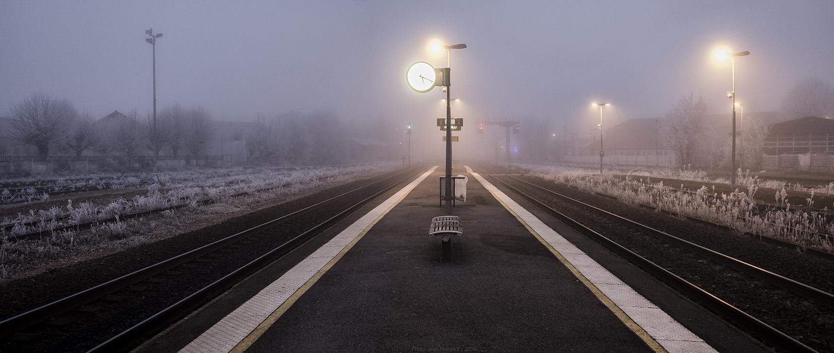 Le train de 17h05 a du retard 17011602252021497014775053