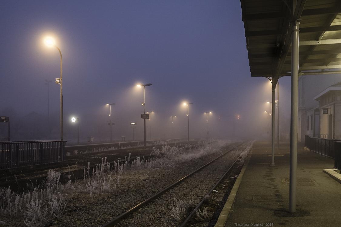 Le train de 17h05 a du retard 17011602252621497014775054