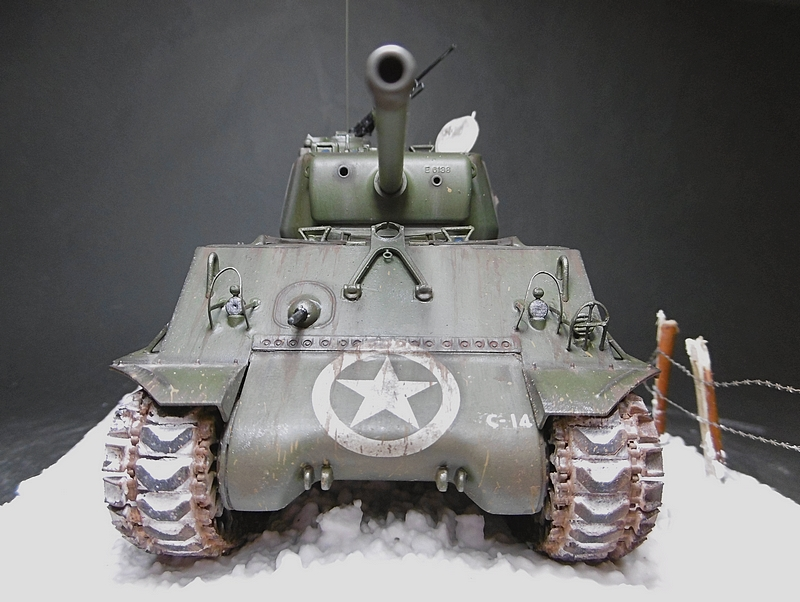 [ACADEMY 1/35 ] SHERMAN M4A3 76 MM  17020108380221038614818668